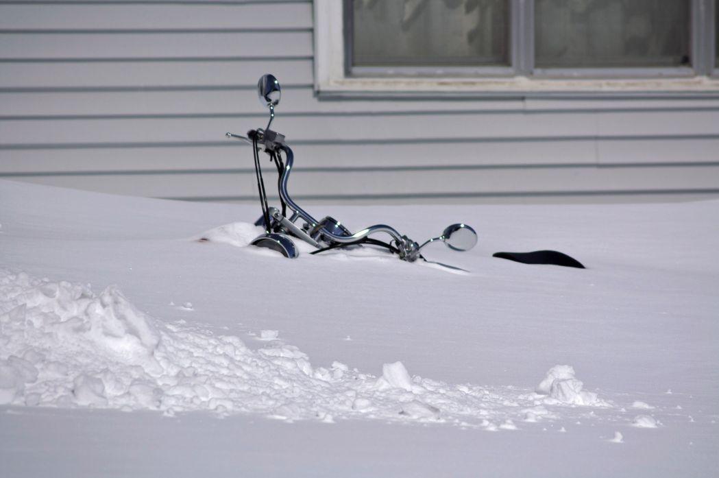 Winterstalling voor u motor? voor €25.- pm staat hij warm en droog bij ons binnen