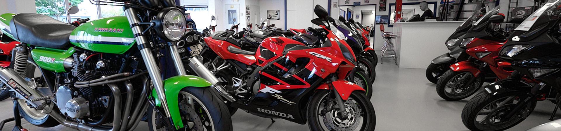 Domburg-motoren-showroom-nieuwkoop